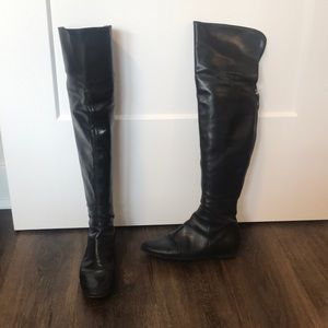Vera Wang Lavender black leather boots size 7.5